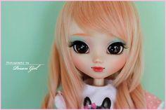 Poison Girl Pullip doll custom work for Greenbottle (me!!! ^__________^)