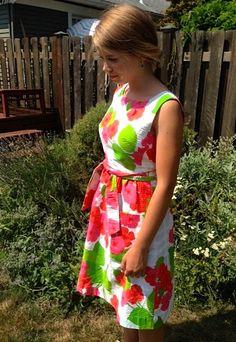 Vintage Hawaiian dress floral by Malia of Honolulu -size 6? by Horsespatoot on Etsy
