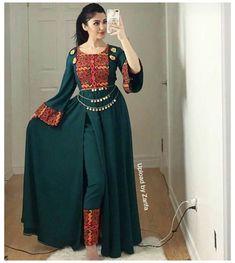 Pakistani Dresses Casual, Indian Fashion Dresses, Dress Indian Style, Pakistani Dress Design, Indian Designer Outfits, Designer Punjabi Suits, Indian Fashion Modern, Stylish Dresses For Girls, Stylish Dress Designs