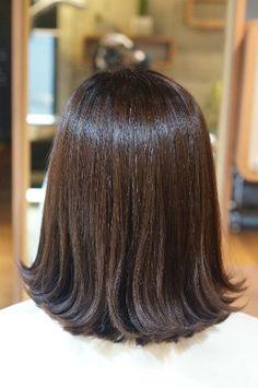 엔끌로에 목혁수,여자,단발,미듐 Medium Hairstyles, Bob Hairstyles, Medium Cut, Hair Flip, Long Bob, Fall Hair, Flat Belly, Hair Lengths, Healthy Hair