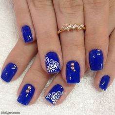 Blue Nail Art Ideas for When talking about blue, it is said to be the blush of responsibility, adherence and trust. The blush dejected exudes the ambience of actuality quiet, aloof. Prom Nails, Us Nails, Wedding Nails, Royal Blue Nails Designs, Cobalt Blue Nails, Silver Nails, Flower Nails, Spring Nails, Pedicure