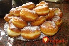 Najdokonalejšie domáce šišky, po ktorých si oblížete všetky prsty: Kto pozná tento starý recept, nič iné už nehľadá! Hungarian Recipes, Pretzel Bites, Donuts, Cake Recipes, Muffin, Goodies, Food And Drink, Bread, Baking