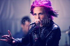 Ariel from Icon for Hire - love the pink and darker colors!