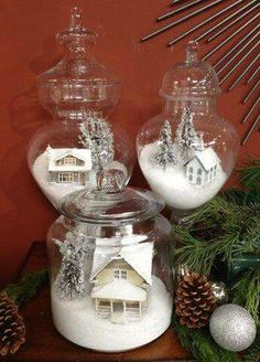 A white Christmas in a snow coat is a big boost to holiday magic! The choice of white for Christmas decorations also allows a result of the most chic, without fault of taste possible! Noel Christmas, Winter Christmas, Vintage Christmas, Christmas Scenes, Christmas Vacation, Rustic Christmas, Christmas Mantles, Christmas Island, Victorian Christmas
