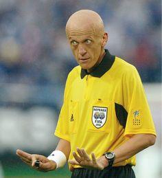 Welke scheidsrechter fluit de finale WK 2014