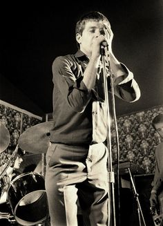 Photo: Ian Curtis of Joy Division, Bowdon Vale Youth Club, March by Martin O'Neill Joy Division, Ian Curtis, Youth Club, Beat Generation, Alternative Music, Post Punk, Soul Music, Music Stuff, Pretty Boys