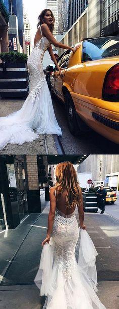 Luxurious Mermaid Long V-neck Wedding Dress with Open Back