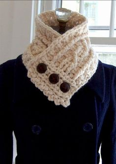 Fisherman's Wife Cowl Kit (Crochet)  Wouldn't this be nice in that blue, green, and brown yarn I saw today. TB.