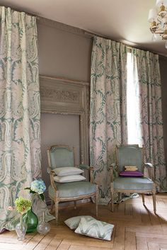 Manuel Canovas' Grasse (curtains), Pau (chairs), Duras (top pillow on floor), Pau (bottom pillow on floor), Menton (pillow on left chair), Nimes (pillow on right chair), Bazas (trimming on all pillows) #manuelcanovas