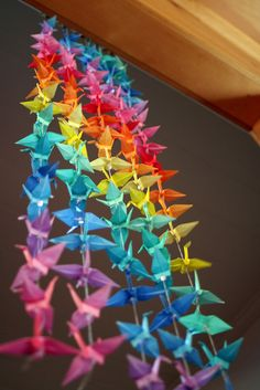 Gorgeous Japanese paper cranes. I'd use these to give a neutral room a pop of colour.