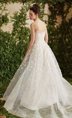 Featured wedding dress 2018