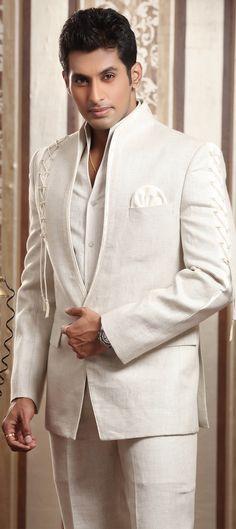 Astonishing Groom wedding Men's Wear Sherwani in New style 2015 Indian Men Fashion, Mens Fashion Wear, Men's Fashion, Wedding Men, Wedding Suits, Wedding Attire, Wedding Bands, Wedding Venues, Suit Combinations