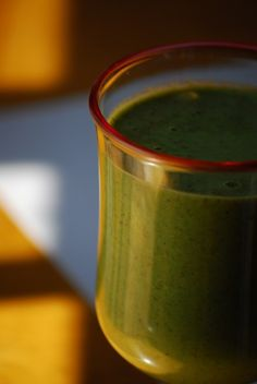 Another Green Smoothie--with apple, spinach, flax, and grapes