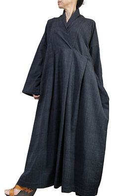 ChomThong Hand Woven Cotton Color : Charcoal Gray Chest : Length : The measurement from the center of the back of the neck to end the sleeves : Thin and soft cotton lining (for your reference, the female model is tall. Abaya Style, Abaya Fashion, Fashion Dresses, Estilo Abaya, Cotton Long Dress, Oriental Fashion, Linen Dresses, Blouse Styles, Female Models