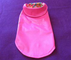 manteau pour chiens grandeur small vinyl par creationsanneclaude Dog Raincoat, Claude, Dog Dresses, Dog Coats, Heart Print, Hot Pink, Creations, Spring Summer, Dogs