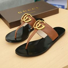 Schuhe Gucci unisex woman man flop flips slippers Kitchen Safety: Keeping Stovetops and Ovens Clean Cute Sandals, Cute Shoes, Me Too Shoes, Shoes Sandals, Women Sandals, Flats, Gucci Shoes, Louboutin Shoes, Gucci Gucci