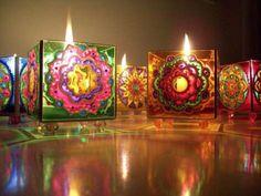 Glass Painting Designs, Paint Designs, Dremel, Wine Bottle Art, Tea Light Holder, Candle Making, Wind Chimes, Fabric Crafts, Tea Lights