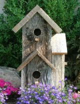 This two story rustic birdhouse is a unique approach to a corner location. The bird house features three separate holes; each hole is approximately in diameter and the top one goes through to the main dwelling. Removable base for easy cleaning. Bird House Plans, Bird House Kits, Decorative Bird Houses, Bird Houses Diy, Bird House Feeder, Bird Feeders, Gourds Birdhouse, Birdhouse Post, Birdhouse Craft