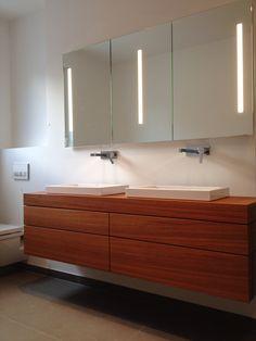 waschtischunterschrank in eiche massivholz vintage look. Black Bedroom Furniture Sets. Home Design Ideas