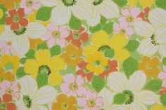 1970's Vintage Wallpaper Green and Yellow Flowers