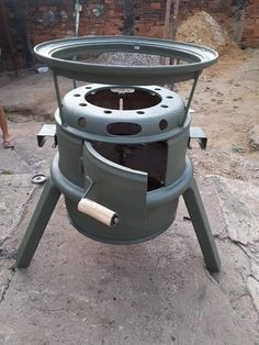 Outdoor Kitchen Grill, Outdoor Stove, Fire Pit Grill, Fire Pit Backyard, Rocket Stove Design, Pallet Collection, Fire Pit Cooking, Barbacoa, Brick Molding