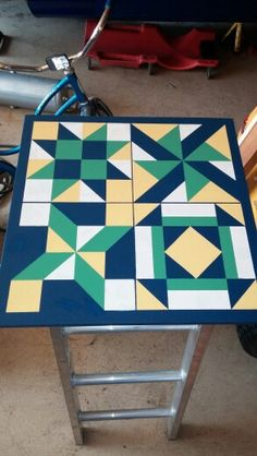 Barn quilt Barn Quilt Designs, Barn Quilt Patterns, Quilting Designs, Barn Star Decor, Decor Crafts, Wood Crafts, Barn Quilts For Sale, Painted Barn Quilts, Wooden Barn