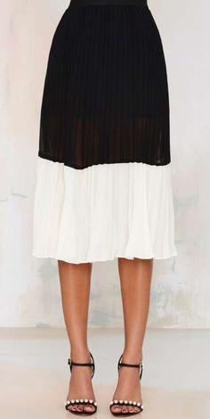 Spin Me Pleated Midi Skirt