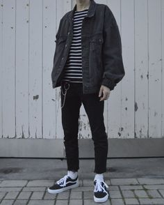 Streetwear daily - - - Check out our clothing label: /threadssupplyco ** Mode Outfits, Grunge Outfits, Casual Outfits, Fashion Outfits, Hipster Outfits Men, Fashion Ideas, Cool Outfits For Boys, Outfit Ideas For Guys, Fashion Apps
