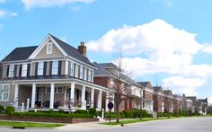Newbie Home Buyers Series, Part 1: Discovering Your Ideal Neighborhood: http://www.househunt.com/news-realestate/2013/09/newbie-home-buyers-series-part-1-discovering-your-ideal-neighborhood-2
