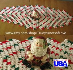 Christmas Table CoverChristmas Table by TrudysKnotsofLove on Etsy
