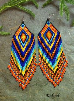 Native American by ShopKalindi on Etsy Seed Bead Jewelry, Seed Bead Earrings, Fringe Earrings, Boho Earrings, Beaded Jewelry, Beaded Earrings Patterns, Seed Bead Patterns, Beading Patterns, Native American Beading