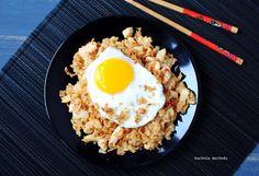 Nasi goreng - smażony ryż z kurczakiem