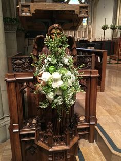 Homecoming lectern flowers with green apples