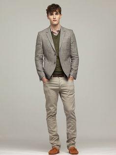 Layering inspiration for boyfriend (button down, v-neck sweater, blazer)