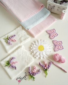 Crochet & knit Greetings from all of you on a beautiful Sunday evening 🙋 I& in the dowry preparation again ca when the orders are for the dowry p. Crochet Cushion Cover, Crochet Cushions, Baby Blanket Crochet, Crochet Motif, Crochet Flowers, Crochet Lace, Crochet Stitches, Lavender Bags, Crochet Videos