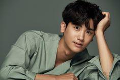 Park Hyung Sik Hwarang, Park Hyung Shik, Cute Korean, Korean Men, Asian Men, Korean Celebrities, Korean Actors, Celebs, Park Hyungsik Cute