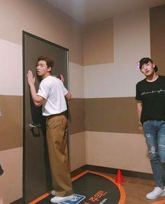 Korean Men, Korean Actors, Korean Idols, Park Seo Joon Instagram, Kang Haneul, Joon Park, Park Seo Jun, Mr Men, Amazing Street Art