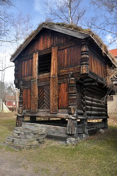Norsk stabbur, we talk about building one someday, soon I hope.