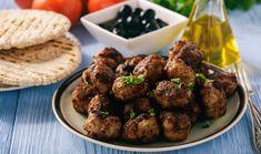Συνταγή για αδιανόητα αφράτα κεφτεδάκια με ούζο -Το κόλπο για να είναι τραγανά Caviar D'aubergine, Greek Recipes, Almond, Beef, Ethnic Recipes, Desserts, Food, Marie Claire, Jars