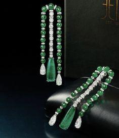 Emerald Earrings, Diamond Jewelry, Pearl Necklace, Jewellery, Pearls, Diamond Jewellery, String Of Pearls, Jewelery, Jewelry Shop