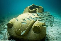 Haunting underwater statues by Jason de Caires Taylor