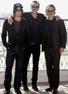 """dailytwdcast: """" """" Jeffrey Dean Morgan, Andrew Lincoln and Norman Reedus attend the 'The Walking Dead' TV series press line at Comic-Con International on July 2016 in San Diego """" """" Jeffrey Dean Morgan, Norman Reedus, John Winchester, Walking Dead Zombies, Fear The Walking Dead, Colin O'donoghue, James Mcavoy, Team Negan, John Bernthal"""