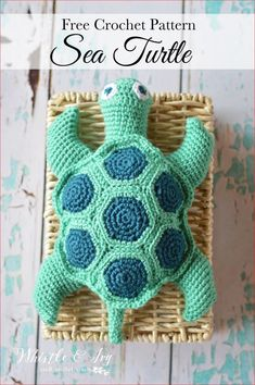 Easy Crochet Crochet Sea Turtle - Whistle and Ivy This would be cute to give to Rachel Barr for her first baby. - Free Crochet Pattern: Crochet Sea Turtle: Make this beautiful sea turtle with this fun and easy pattern. Your child will love it! Crochet Gratis, Crochet Patterns Amigurumi, Cute Crochet, Crochet Dolls, Crotchet, Crochet Stitches, Crochet Animal Patterns, Stuffed Animal Patterns, Crochet Turtle Pattern Free