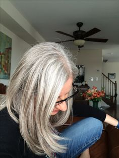 Grey Blonde Hair, Grey Hair Don't Care, Long Gray Hair, Silver Grey Hair, White Hair, Grey Hair Mid Length, Grey Hairstyle, Silver Haired Beauties, Grey Hair Inspiration