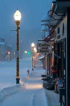Esistono luoghi in cui non esiste il tempo, in cui ci si sentirà sempre a casa. Sono i luoghi del cuore.Coffee and Souls ©