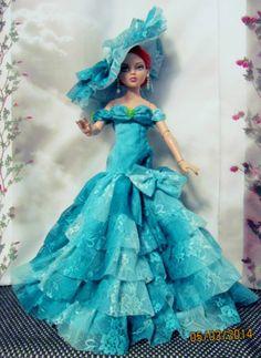 """Green Roses"" for Ellowyne Cami Sydney Tyler Antoinette by MS Dee   by happydaisydeedolls via eBay ends 5/8/14"