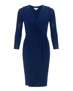 NEW ex MONSOON Navy And Royal Blue Geo Design Wrap Dress V Plunge Neckline Review Nice colour, very nice fitting, perfect for any occasions. Description Designed to enhance curves with Wrap Bodice … (scheduled via http://www.tailwindapp.com?utm_source=pinterest&utm_medium=twpin&utm_content=post178555145&utm_campaign=scheduler_attribution)