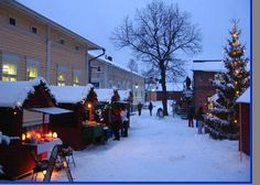 Christmas Market in Finland Bed Reviews, Best Mattress, Christmas Traditions, Good Night Sleep, Finland, Good Things, Traditional, Pillows, Places