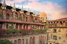Most beautiful historic hotels for the  lover of history and wanderlust.
