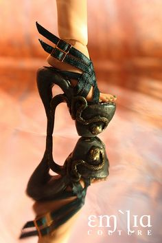Quetzalcoatl - emiliacouture commission | Flickr - Photo Sharing! Dark Shades, Shades Of Green, Green Lips, Doll Closet, Brown Eyeshadow, Motif Design, Doll Shoes, Pretty Shoes, Snake Skin